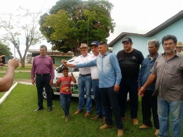 Emenda deputado Ribamar de Araujo garante carro para Secretaria de agricultura