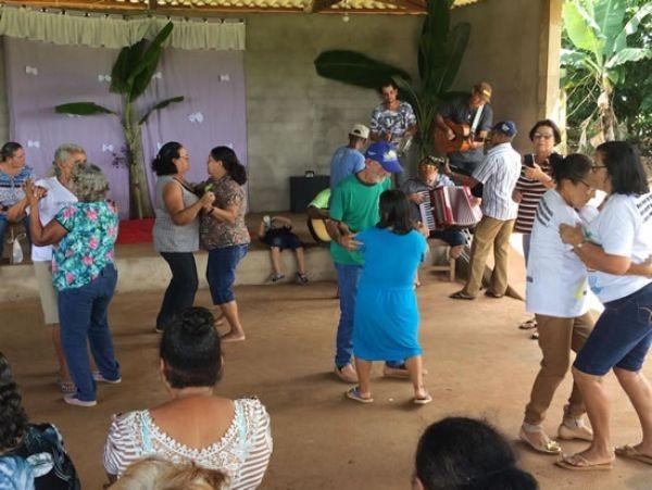 Primeiro Encontro da 3ª Idade reúne grupos de idosos no assentamento Padre Ezequiel